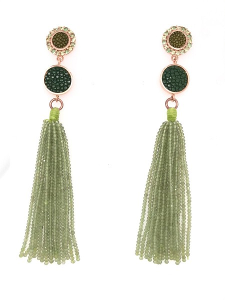 Leksi earrings with peridot and stingray leather @a-cuckoo-moment