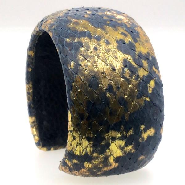 SAMBA Armreif aus handbemalter Pythonschlange golden night flexibel @a-cuckoo-moment
