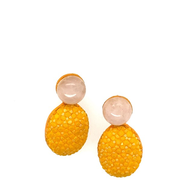 Lizzy earrings made of stingray in sun and quarz gemstones @a-cuckoo-moment