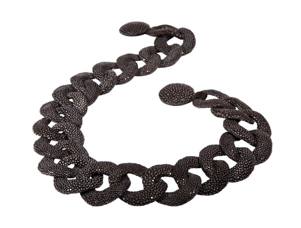 Lucia - Link chain made of stingray leather black a-cuckoo-moment