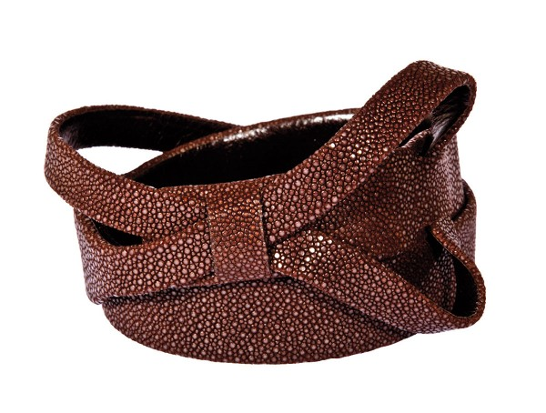 Stingray leather belt with bow brown @a-cuckoo-moment