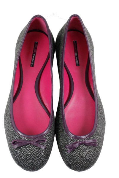 Ballerinas made of stingray leather grey
