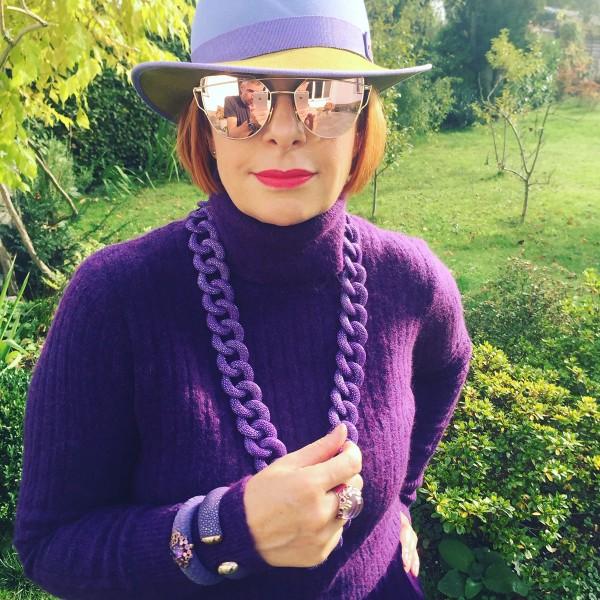 Lia Fallschessel mit Rochenleder langer Glieder Kette in lavendel a-cuckoo-moment