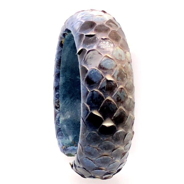 SAMBA Armreif aus handbemalter Pythonschlange blue Night flexibel @a-cuckoo-moment