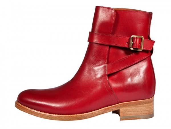 College Boots red