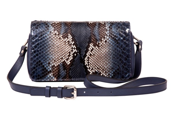 Dita handbemalte Pythontasche blue night @a-cuckoo-moment