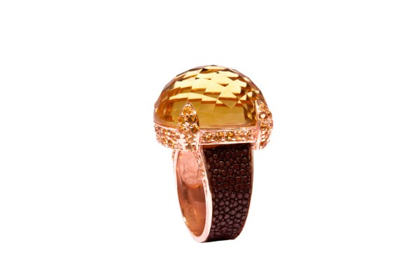 Cocktail ring with faceted citrines and stingray leather brown @a-cuckoo-moment