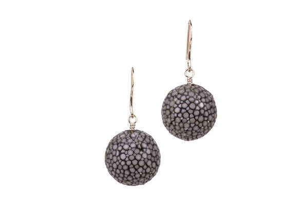 Alexa - Earrings made of stingray leather