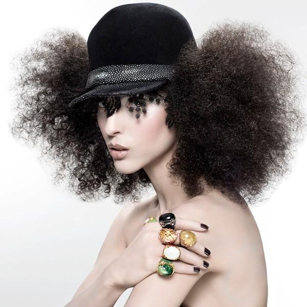 @Zoe Helali mit Hut BRAID schwarz mit Rochenleder @a-cuckoo-moment