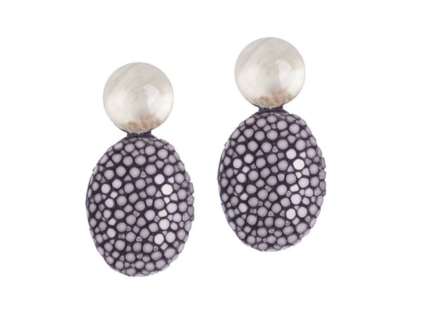 Lizzy - earrings with mother-of-pearl gemstones and stingray leather studs @a-cuckoo-moment