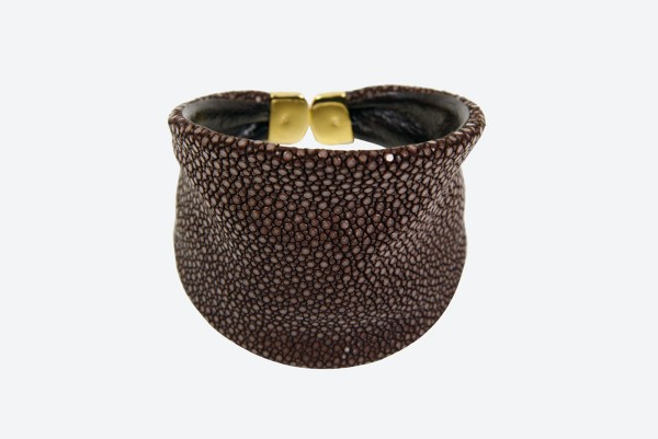 Cancan - Flexible Bangle made of stingray leather with silver endings