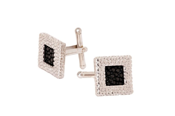 Square cufflinks with stingray leather